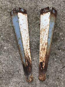 """Vintage Industrial Metal Table Legs Set of 2-  20.5"""" Corner Legs Salvage Sink"""