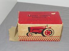 Vintage IH International Harvester Farmall M Tractor Product Miniature 1:16 NIB