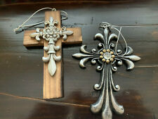 Set of 2 Resin & Wooden Small Cross HL5 Wall Decor Rustic Look Ornate Small HL5