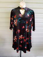 Boutique Velvet Shift Dress Black Floral Stretchy Choker Neck Plus Size NWT$69