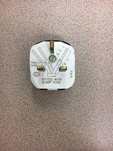 MK Fused 13amp Main Plug Black
