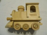 TONKA WOOD TRAIN ENGINE  VERY GOOD CONDITION  COMPLETELY ASSEMBLED
