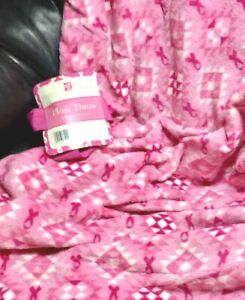 """BREAST CANCER AWARENESS Plush THROW Pink & White 50"""" x 60"""" NEW 25% Donation"""