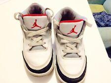 basket Jordan rétro 3 , enfant pointure 28 , EN EXCELLENT ETAT