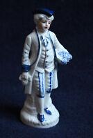 Porzellan Figur mit Dreispitz, weiß und handbemalt 15cm