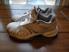 Wilson Woman's Tennis Shoes Size 7 .159817