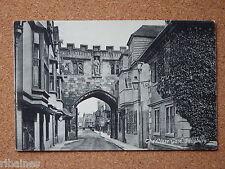 R&L Postcard: The Close Gate, Salisbury, Valentines