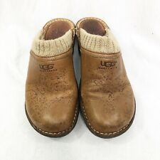 UGG Womens Clogs Sweater Sherpa lined Brown leather branded Size 6 slip on