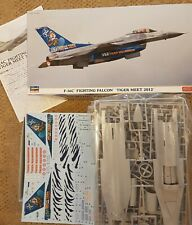 "F-16C Fighting Falcon ""Tiger Meet 2012"" Model Kit 1:48"