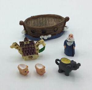 Dolls House 'Noah's Ark' Tea Set