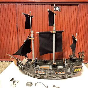 Mega Bloks 1017 Black Pearl Pirates Of The Caribbean NOT Complete - Please Read