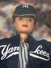 New York Yankees 1999 Barbie Doll Collectibles NEW in box