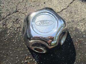 One genuine 1995 to 1997 Ford Explorer Ranger alloy wheel center cap hubcap