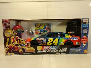 Toy Biz Jeff Gordon #24 Dupont Remote Control Racer 1:18 Scale dc2567