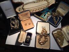Gran Lote De Trabajo vintage de oro entonado Bisutería Collares Pulseras Etc
