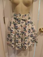 New in pkg vintage  frederick's of hollywood floral swing skirt size -9-10