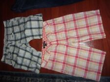 WOMAN'S LOT OF 2 SHORTS SIZE - HOLLISTER & VOLCOM