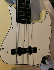 1970's Fender Jazz Bass Pickguard - White, in great original condition