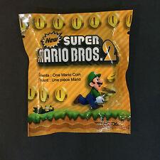 New Super Mario Bros 2 gold coin case pre-order bonus Keychain