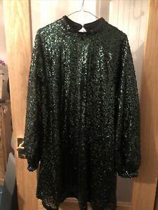 Wow! Heavy Green Sequins Top Zip Size 20/22 Approx - Evening Wedding Cruise Top