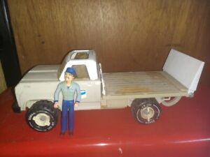 "Regular Tonka 1970's Dodge Lift-Gate Chevron Delivery Truck w/ 5 1/4"" Figure"