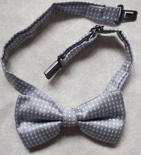 NEW BOYS POLKA DOT SILVER GREY WHITE DICKIE BOW TIE BOWTIE ADJUSTABLE CHILDS