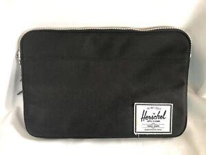 Herschel Black Tablet Zip Furlined Case