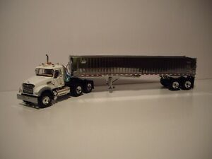 FIRST GEAR 1/50 WHITE MACK GRANITE MP DAY CAB WITH CHROME EAST END DUMP