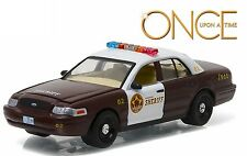 1:64 GreenLight *HOLLYWOOD R15* ONCE UPON A TIME 2005 Ford Crown Victoria *NIP*