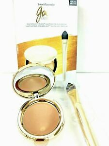 Gold Obsession Set by bareMinerals for Women 2 Pc Set 0.35oz Chandelight Glow
