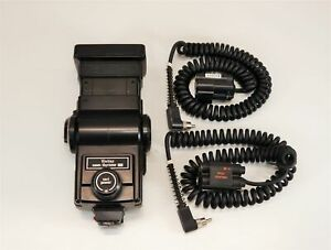 Vivitar 285 Zoom Thyristor Vari Power Flash + Quantum AA QB 1 -MG2 Module Cables