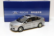 1:18 Changan Ford Focus Sedan 2005 Silver Dealer New chez Premium-modelcars