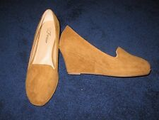 NEW Women's FOREVER Tan Wedges Faux Suede Velvet Heel Loafer Shoes 7