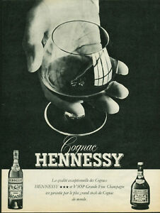 Publicité ancienne cognac Hennessy et VSOP 1961 issue de magazine