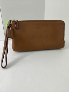Coach Wristlet Double Zip Pebbled Leather F54056 Wallet Saddle Brown W21