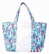 NWT LILLY PULITZER RESORT WHITE RED RIGHT RETURN NEW CANVAS TOTE BEACH BAG