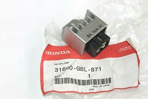 HONDA REGOLATORE PER SH50-100 96-00-SFX50-SJ50-100-SZX50-90   31600-GBL-871
