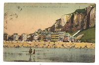 le tréport , la plage , les villas et les falaises