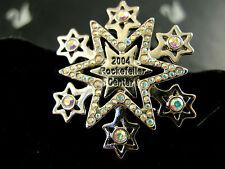 SIGNED SWAROVSKI  2004 ROCKEFELLER SNOWFLAKE PIN ~BROOCH RETIRED NEW IN BOX
