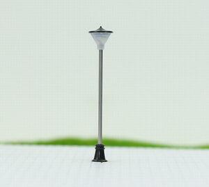 LCX05 10 Stk. LED Gartenlampen 70mm H0 / TT / 00 Leuchte Lampe flexible Höhe NEU