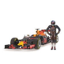 Minichamps 117160603 1/18 Redbull RB12 Ricciardo Austrian GP Model Driver Figure