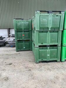 GREEN  STORAGE PALLET BOX 700 LITRE DOLAVS