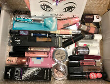 25 Teile Kosmetik Paket mit essence Catrice e.l.f. Sleek Bell Markenware *neu*