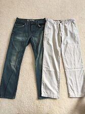 GAP Mens 31 x 30 Slim Straight Jeans + 31 x 30 Classic Khaki (White) - LOT OF 2