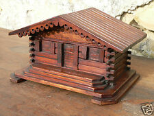 tirelire bois chalet moneybox cabin wood sculptured salvadanaio legno intagliato