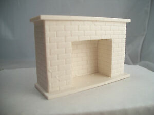 Half Scale Fireplace - Brick UMF13  1/24  polyresin dollhouse Unique Miniatures