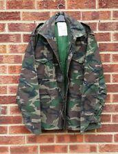 Vtg green brown black army jacket camo coat khaki chunky camouflage parka S M