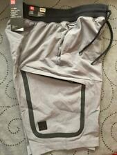 UNDER ARMOUR HEATGEAR TECH FITTED CARGO SHORTS SIZE M MEN NWT $80.00