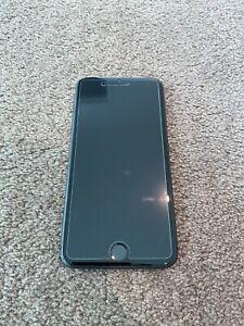 Apple iPhone 8 Plus - 64GB - (Unlocked)