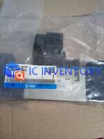 1PCS New SMC Solenoid Valve VFS3210-5DZ